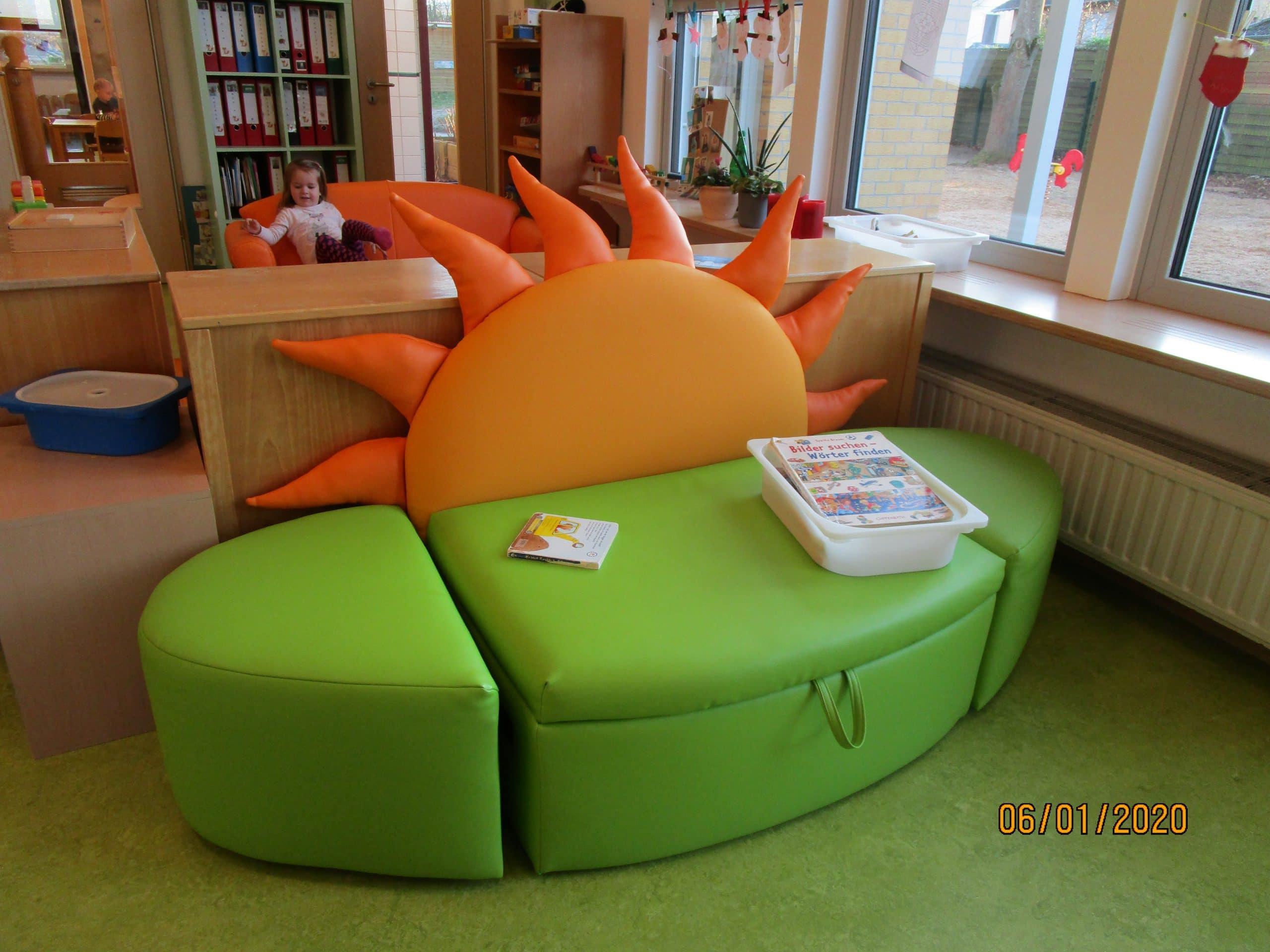 neue Sofa in der Fuchsgruppe